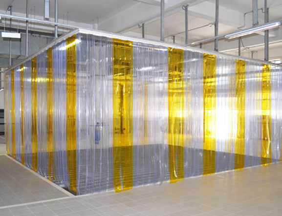 Cadiesa puertas industriales for Cortinas de plastico para exteriores